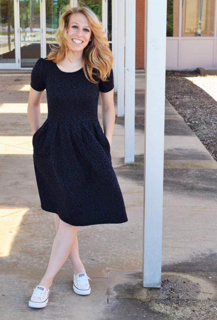 e5f2dd6252f LuLaRoe Review  The Amelia Dress – Modest Blondie